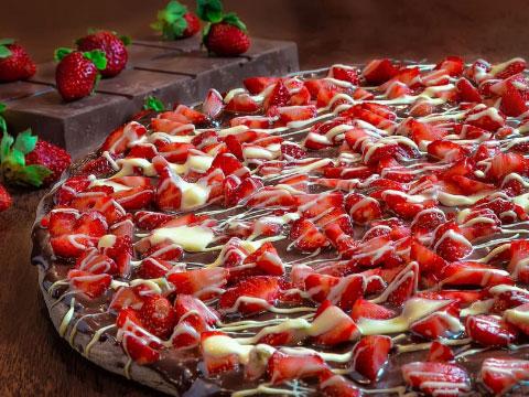 Pizza de chocolate y fresas - Vincent Rivaud en Pexels