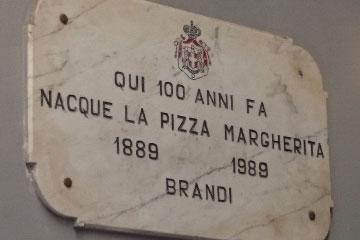 Origen y Evolución de la Pizza